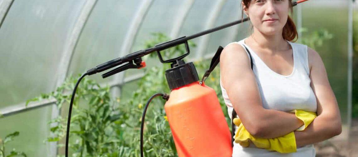 female-gardener (1)
